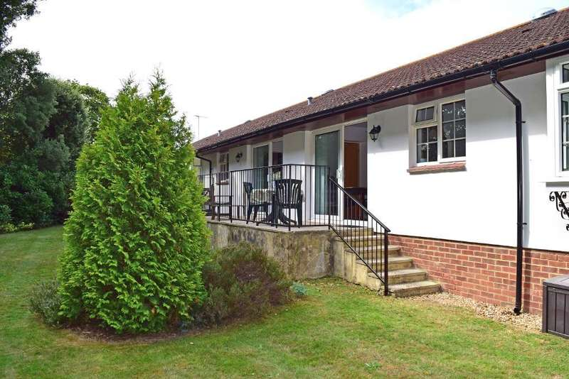 2 Bedrooms Retirement Property for sale in The Elms, Swains Road, Bembridge, Isle of Wight, PO35 5XG