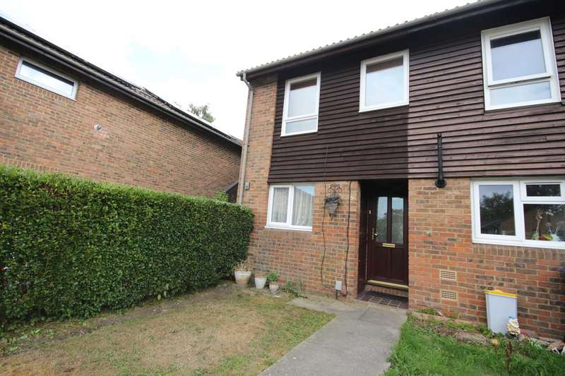 3 Bedrooms Terraced House for sale in Inchwood, Birch Hill