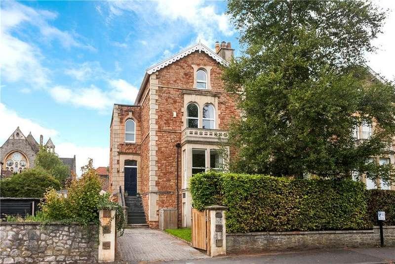 4 Bedrooms Semi Detached House for sale in Elliston Road, Bristol, BS6