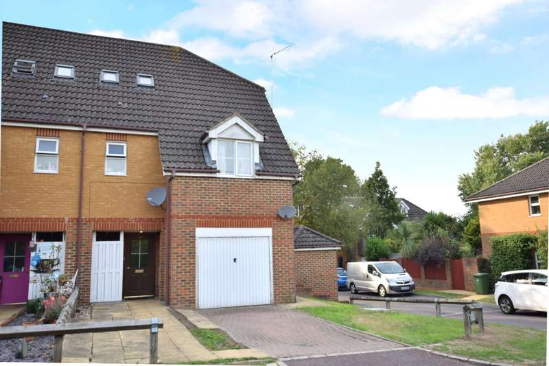 4 Bedrooms Semi Detached House for sale in Laburnum Terrace, Pollardrow Avenue, Bracknell, Berkshire, RG42