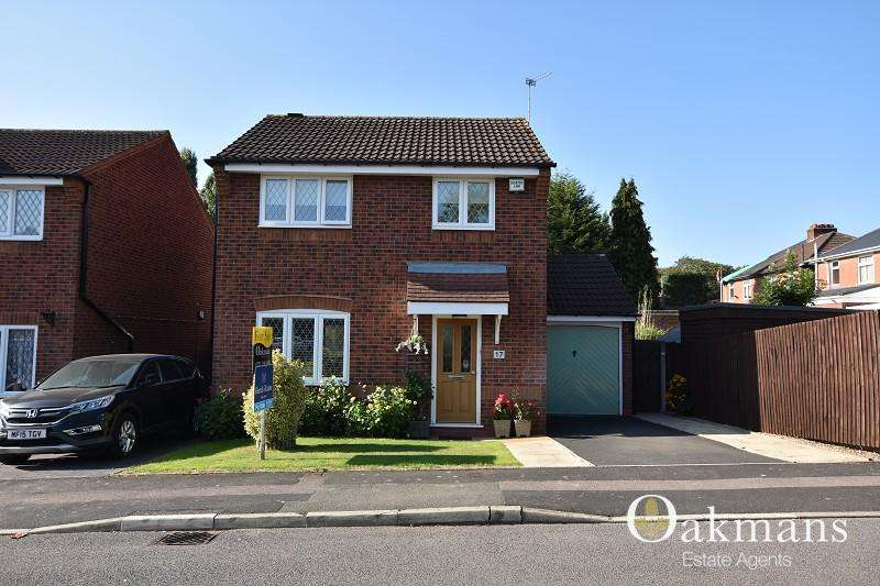 3 Bedrooms Detached House for sale in Kennerley Road, Birmingham, West Midlands. B25 8LS
