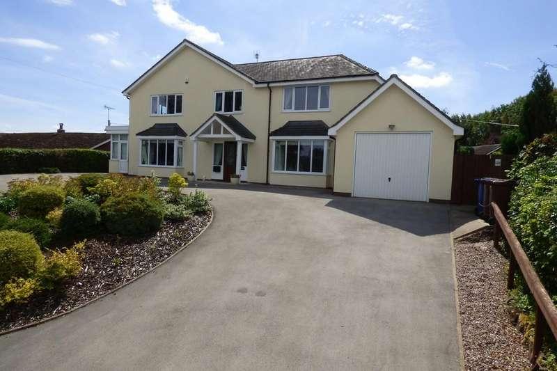 5 Bedrooms Detached House for sale in Alton Road, Denstone