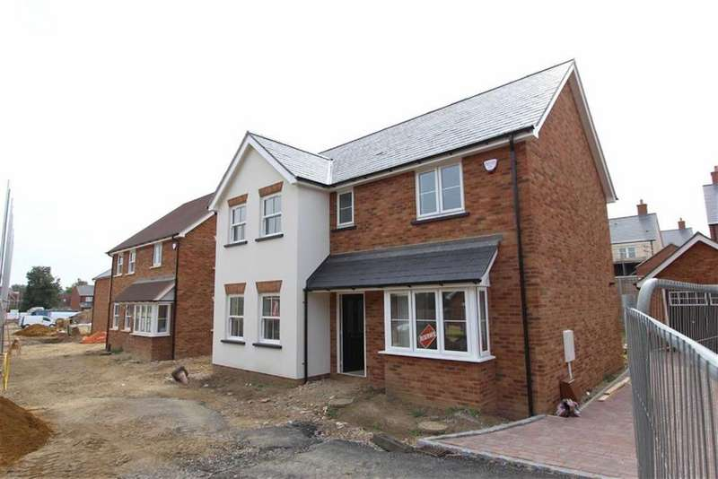 3 Bedrooms Detached House for sale in Brookfields, Stoke Hammond, Stoke Hammond