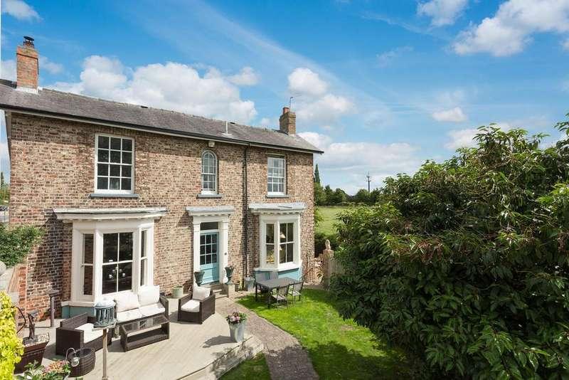 4 Bedrooms Detached House for sale in Malton Road, York, YO32