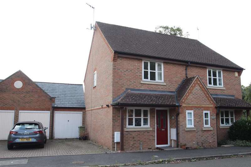 2 Bedrooms Semi Detached House for sale in Horn Lane, Stony Stratford, Milton Keynes