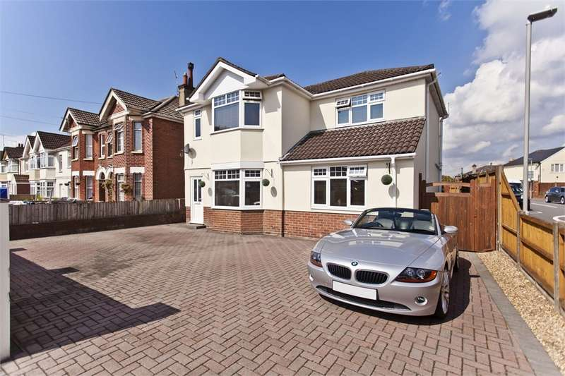 4 Bedrooms Detached House for sale in Jolliffe Road, POOLE, Dorset