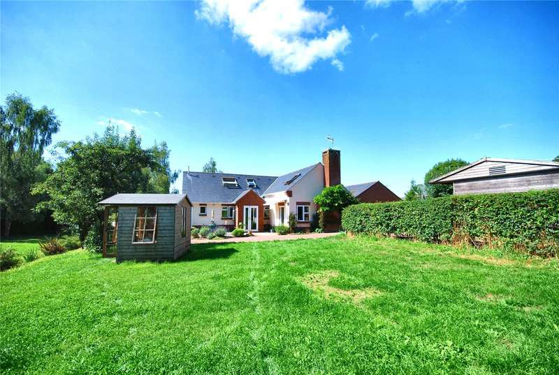 4 Bedrooms Detached House for sale in High Street, Woodgreen, Fordingbridge, Hampshire, SP6