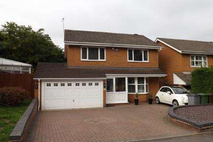 Detached House for sale in Kingsleigh Drive, Castle Bromwich, Birmingham