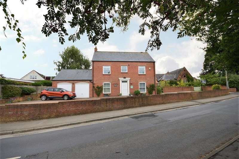 5 Bedrooms Detached House for sale in Kirby Hill, Boroughbridge, York, YO51 9DS