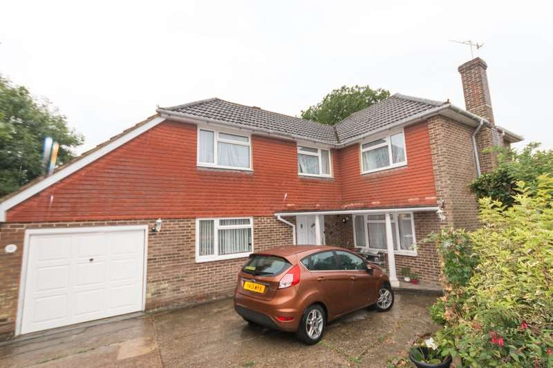 4 Bedrooms Detached House for sale in Camber Close, Bexhill-on-Sea, East Sussex, TN40