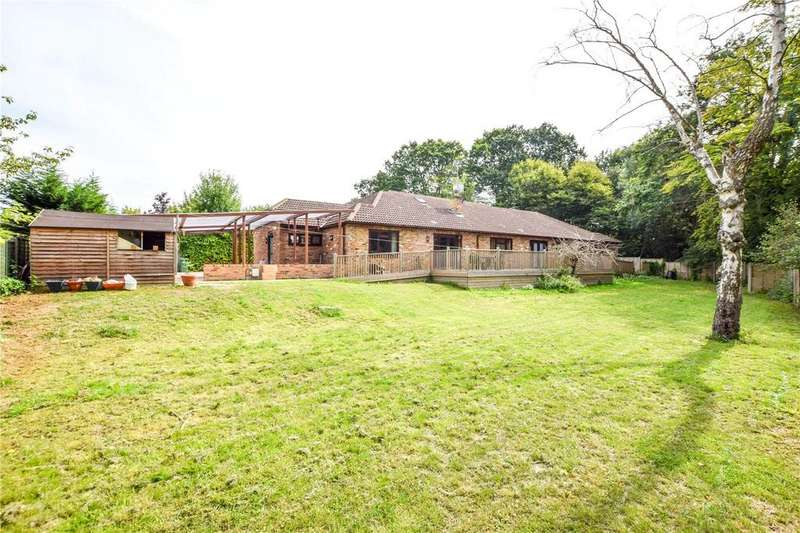 6 Bedrooms Detached Bungalow for sale in Mount Pleasant Lane, Bricket Wood, St. Albans, Hertfordshire, AL2