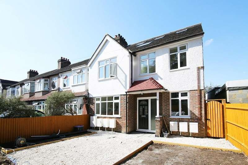 3 Bedrooms Ground Flat for sale in Flat 1, Christchurch Close, Colliers Wood SW19