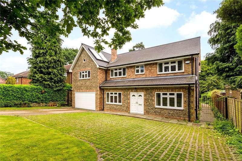 7 Bedrooms Detached House for sale in Chaldon Common Road, Chaldon, Surrey, CR3