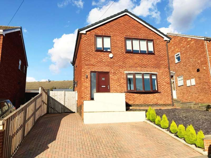 3 Bedrooms Detached House for sale in Green Park Avenue, Ossett, WF5