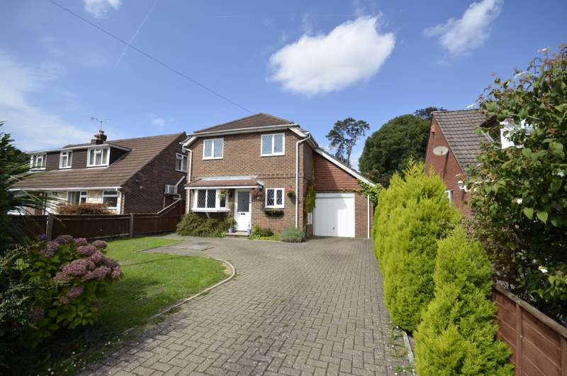 4 Bedrooms Detached House for sale in Southern Road, West End, Southampton, SO30