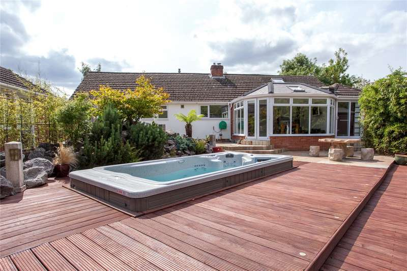4 Bedrooms Detached Bungalow for sale in Northbury Avenue, Ruscombe, Twyford, Berkshire, RG10