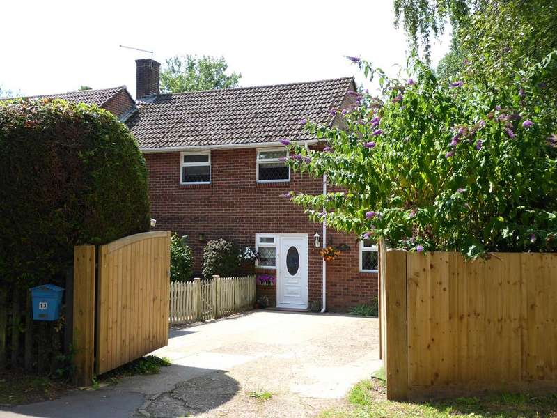 3 Bedrooms Semi Detached House for sale in Hurn, Christchurch BH23