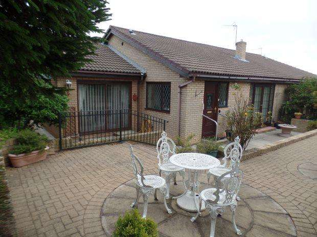 3 Bedrooms Semi Detached Bungalow for sale in MILLOM COURT, PETERLEE, OAKERSIDE, PETERLEE