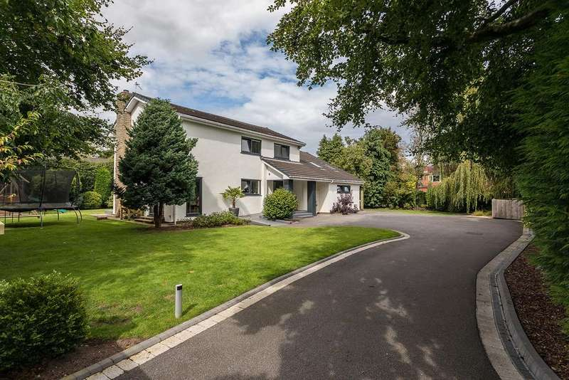 5 Bedrooms Detached House for sale in Smiths Lawn, Holly Road South, Wilmslow