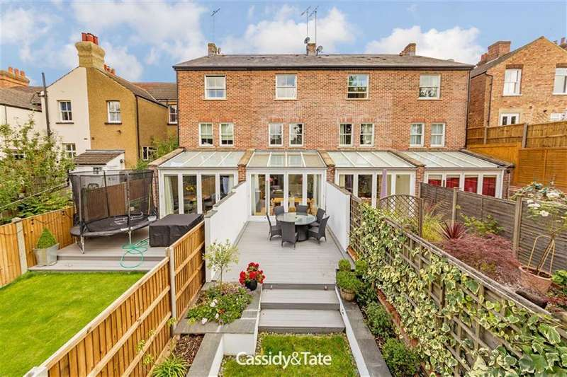 4 Bedrooms Property for sale in Normandy Terrace, St Albans, Hertfordshire