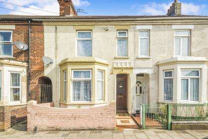 3 Bedrooms Terraced House for sale in Churchville Road, Bedford, Bedfordshire