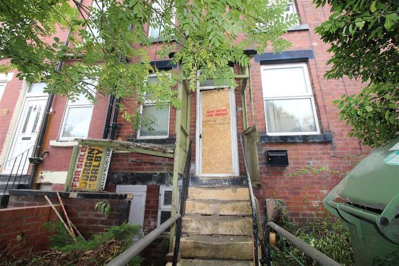 3 Bedrooms Terraced House for sale in Conway Road, Leeds