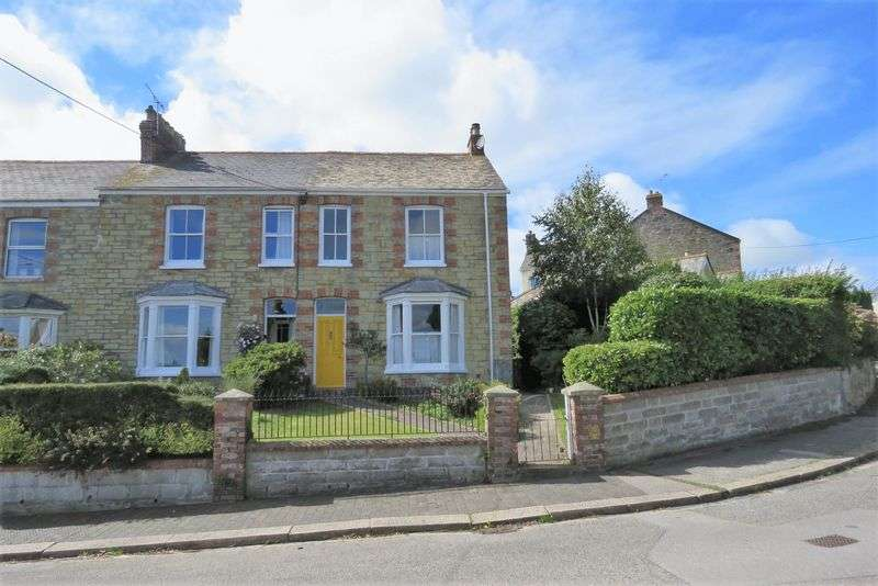 3 Bedrooms Property for sale in The Crescent, Truro