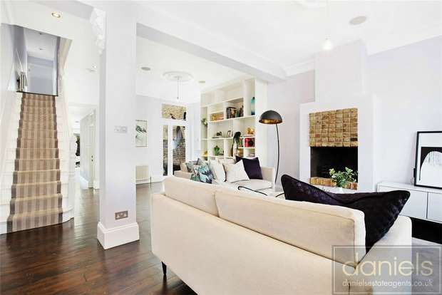 5 Bedrooms Terraced House for sale in Purves Road, Kensal Rise, London