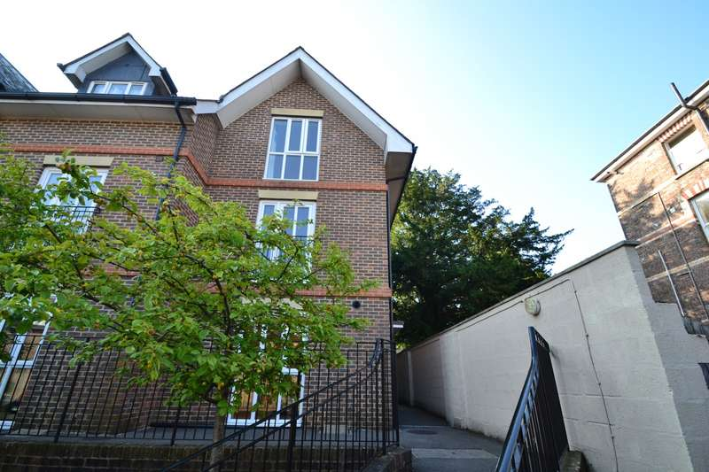 4 Bedrooms House for sale in Dorchester