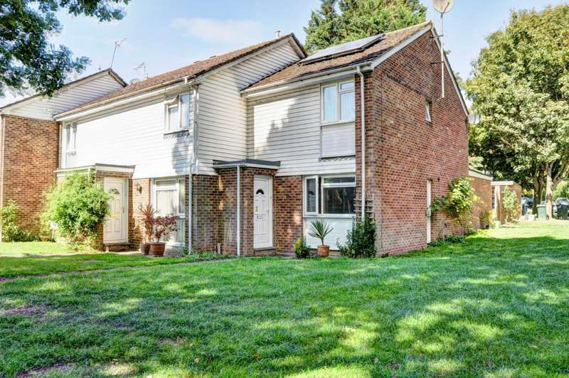 4 Bedrooms End Of Terrace House for sale in The Croft, Marlow