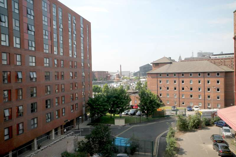 2 Bedrooms Apartment Flat for sale in 34 Shaws Alley City Centre L1
