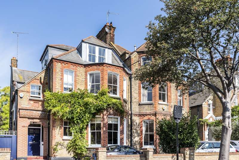 5 Bedrooms House for sale in Criffel Avenue, Streatham, SW2