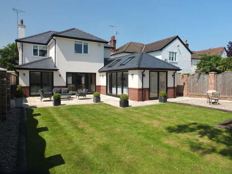 4 Bedrooms Detached House for sale in Lache Lane, Chester, Cheshire
