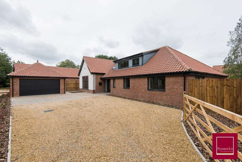 4 Bedrooms Chalet House for sale in The Street, Mileham