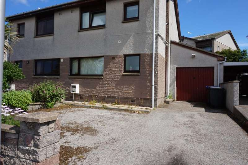 3 Bedrooms Semi Detached House for sale in Rowan Place, Fraserburgh, AB43
