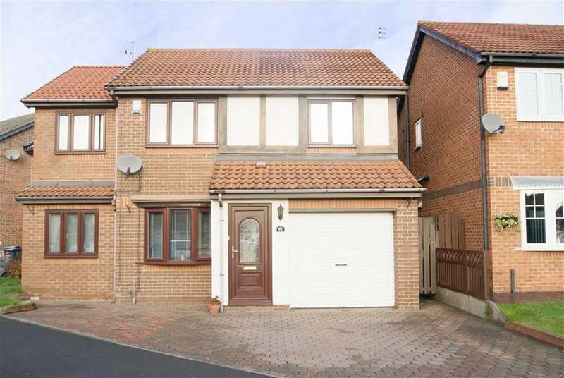 4 Bedrooms Detached House for sale in Fareham Grove, Boldon, Tyne And Wear