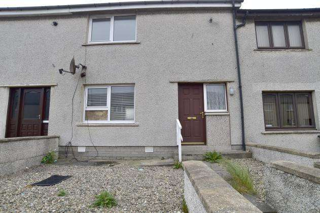 2 Bedrooms Terraced House for sale in St Andrews Drive, Fraserburgh, AB43