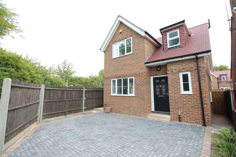 3 Bedrooms Detached House for sale in Gordon Place, Reading