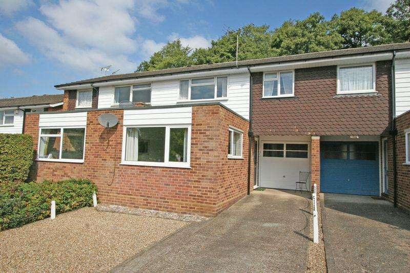 3 Bedrooms House for sale in Vine Road, Stoke Poges, Buckinghamshire SL2