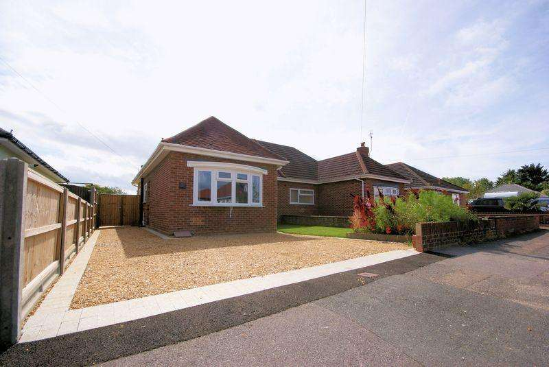 2 Bedrooms Semi Detached Bungalow for sale in Camp Road, Gosport, PO13