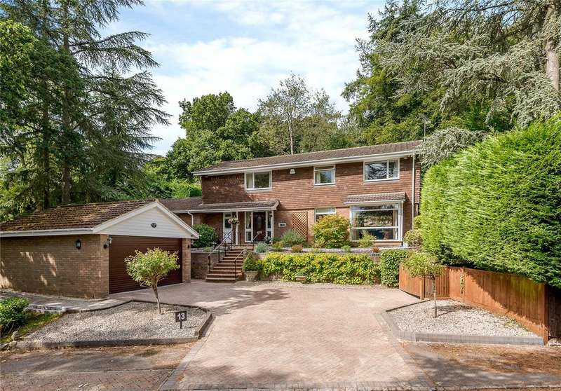 4 Bedrooms Detached House for sale in Dower Park, Windsor, Berkshire, SL4