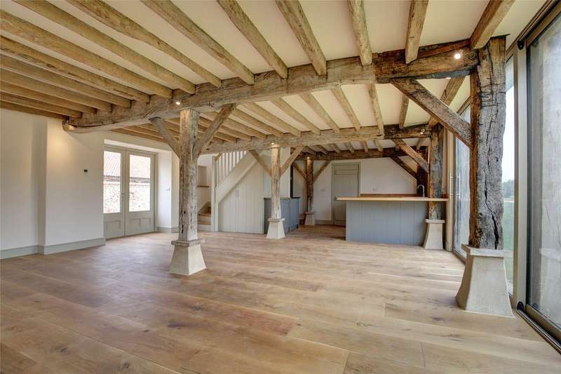 2 Bedrooms Barn Conversion Character Property for sale in Chalk Hill Farm Barns, Binham Road, Warham, Wells-next-the-Sea, NR23