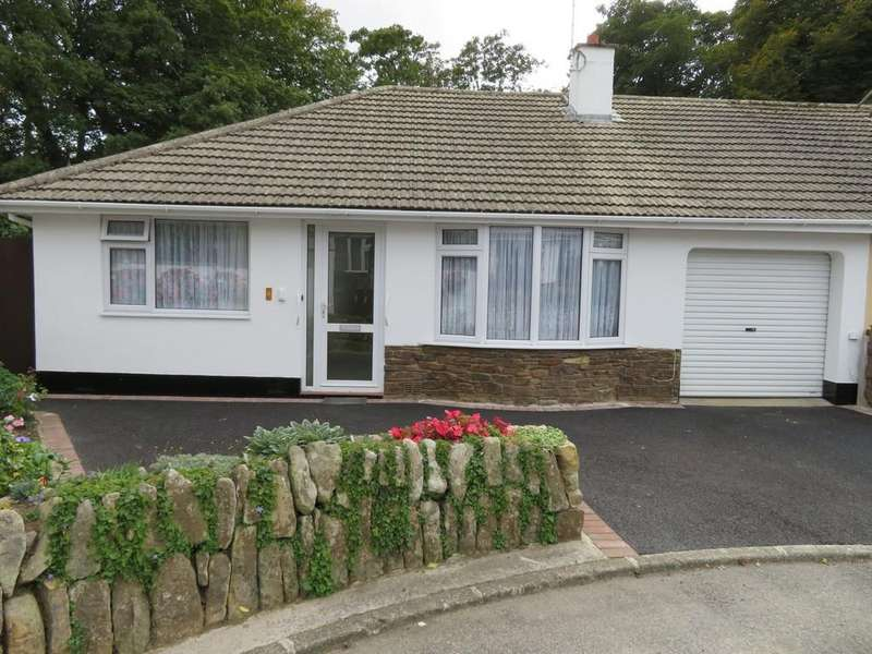 3 Bedrooms Semi Detached House for sale in Pendrea Close, Gulval, Penzance