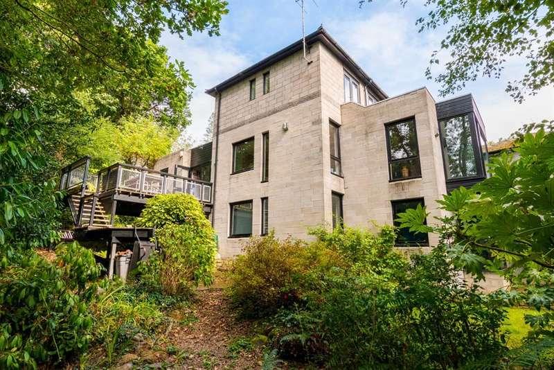 4 Bedrooms Detached House for sale in Monkswood, Kirkstall, LS5
