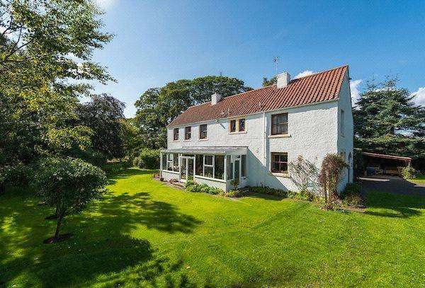 4 Bedrooms Detached House for sale in Tyne Steading, Ormiston, Tranent, East Lothian