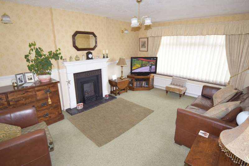 3 Bedrooms Detached House for sale in Castle View, Walney, Cumbria, LA14 3YP