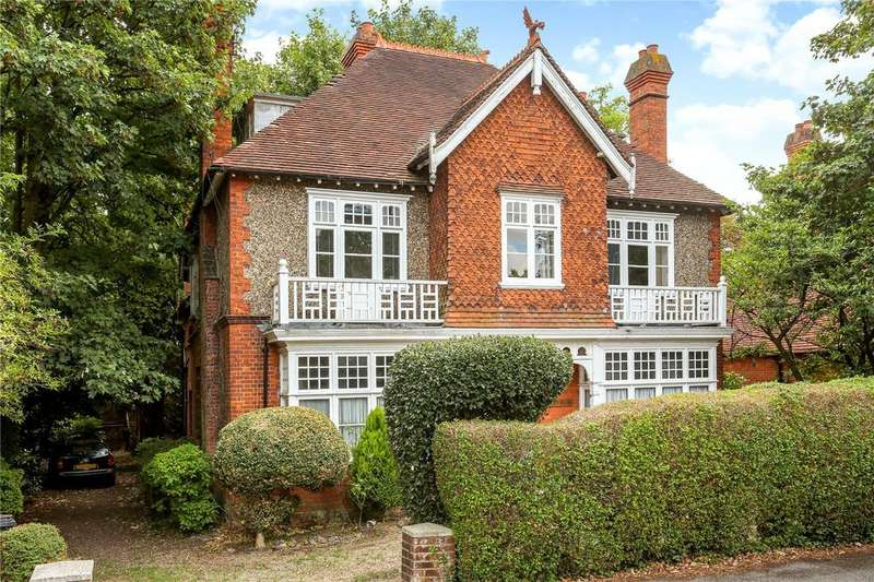 8 Bedrooms Detached House for sale in River Road, Taplow, SL6