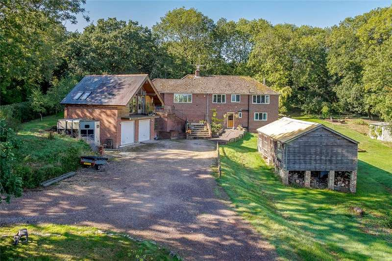 4 Bedrooms Detached House for sale in Stoke Hill, Stoke, Andover, Hampshire