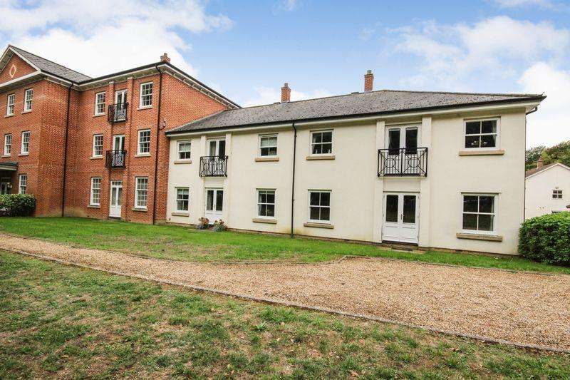 2 Bedrooms Apartment Flat for sale in Moor Pond Piece, Ampthill