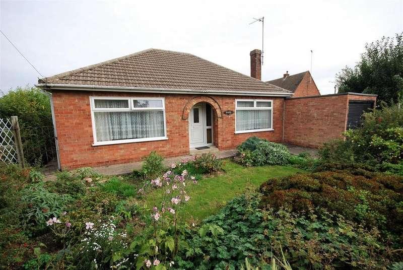 2 Bedrooms Detached Bungalow for sale in Sandringham Walk, Spalding